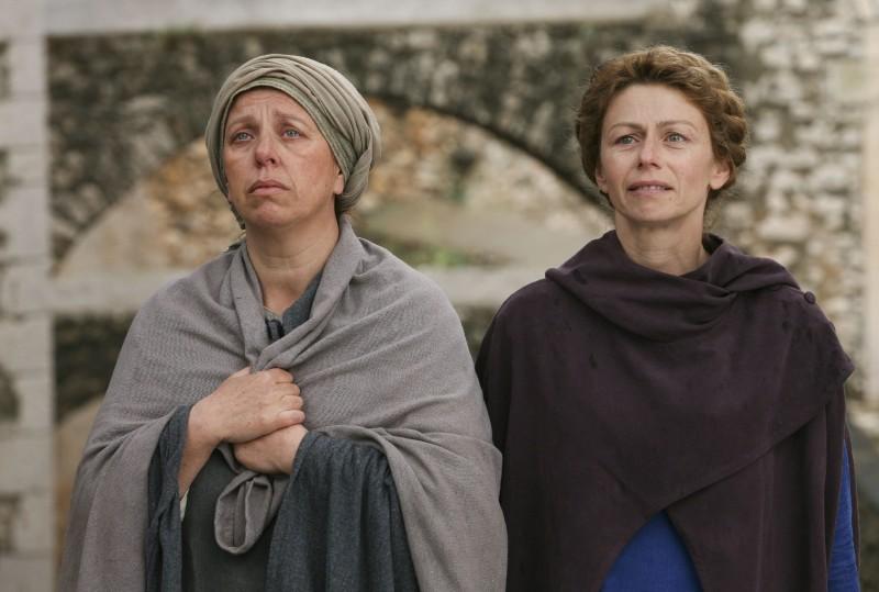 Amanda Sandrelli e Paola Tiziana Cruciani in una scena del film Christine Cristina