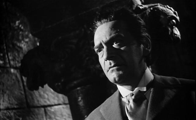 Andrea Checchi in una scena del film La maschera del demonio
