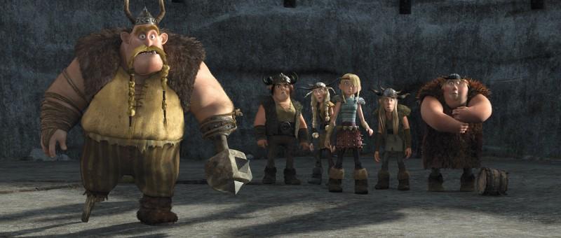 Gobber, Snotlout, Fishlegs, Astrid, Ruffnut e Tuffnut in una scena del film Dragon Trainer