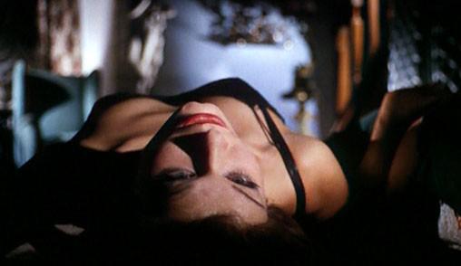 Lea Lander in una scena del film Sei donne per l\'assassino