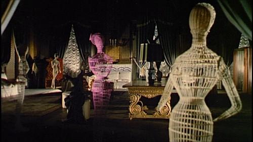 Una suggestiva sequenza del film Sei donne per l\'assassino (1964)