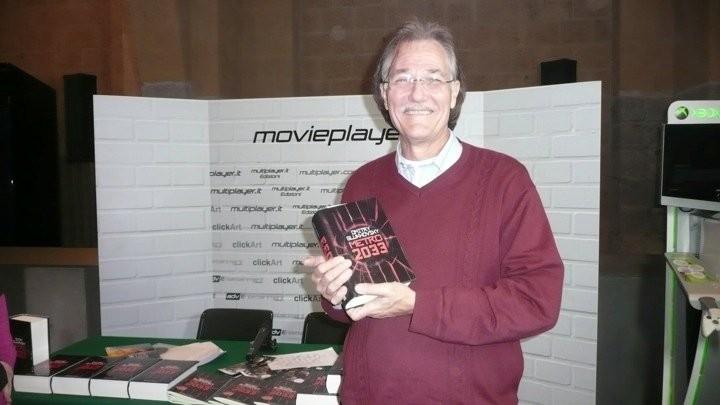Fantasy Horror Award 2010: Brian Yuzna davanti allo stand di Movieplayer.it