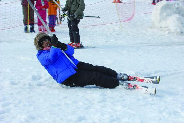 Firmine Richard nei panni di una sciatrice impacciata nel film La première étoile