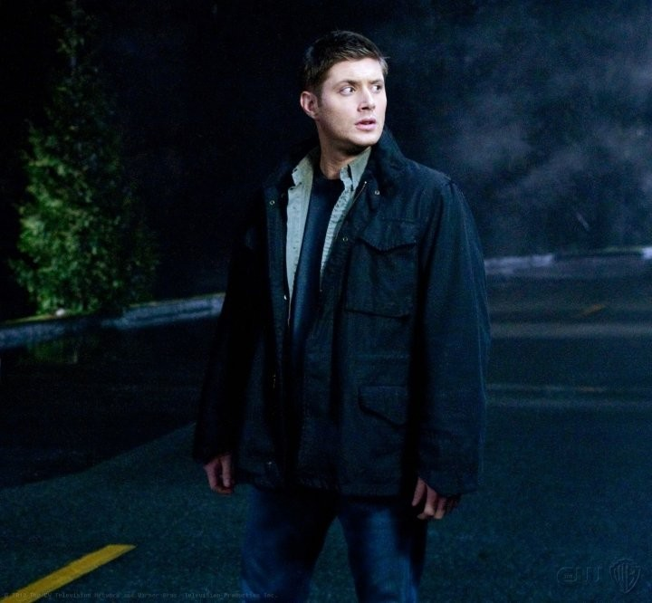 Jensen Ackles in una scena dell'episodio Dark Side of the Moon di Supernatural