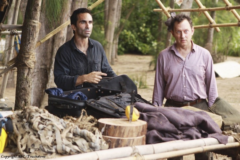 Nestor Carbonell e Michael Emerson in una scena dell'episodio The Package di Lost