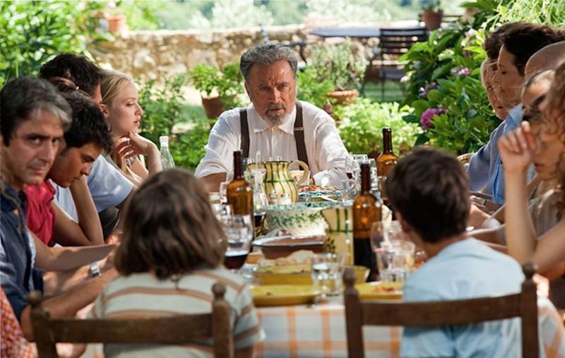Un'immagine di gruppo tratta dal film Letters to Juliet