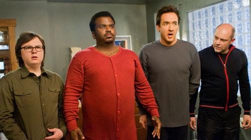 Clark Duke, Craig Robinson, John Cusack e Rob Corddry in una scena di Hot Tub Time Machine