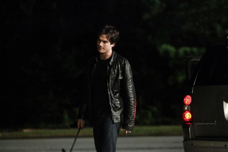 Damon (Ian Somerhalder) in una sequenza dell'episodio The Turning Points di Vampire Diaries