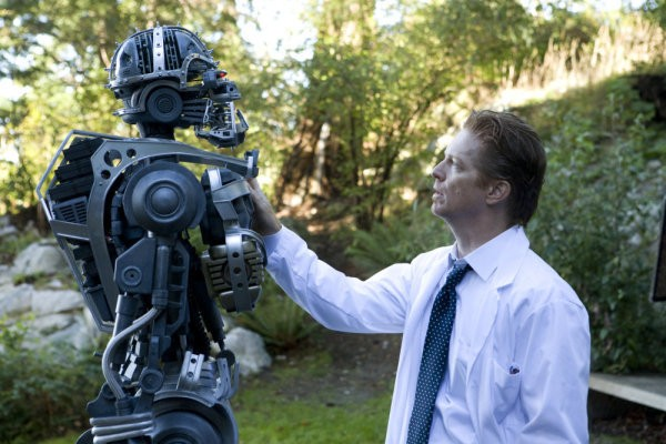 Caprica: Eric Stoltz nell'episodio Ghosts in the Machine