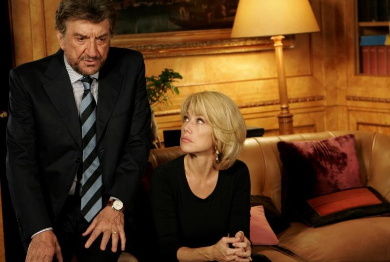 Gigi Proietti e Nancy Brilli in una scena de La vita è una cosa meravigliosa