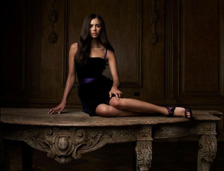 La bella Nina Dobrev per la vampiresca serie CW: The Vampire Diaries