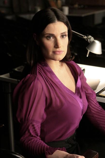 La guest star Idina Menzel nell'episodio Hell-O di Glee