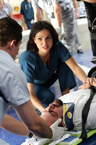Lana Parrilla nell'episodio 88 Seconds di Miami Medical