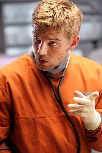 Mike Vogel nel pilot di Miami Medical
