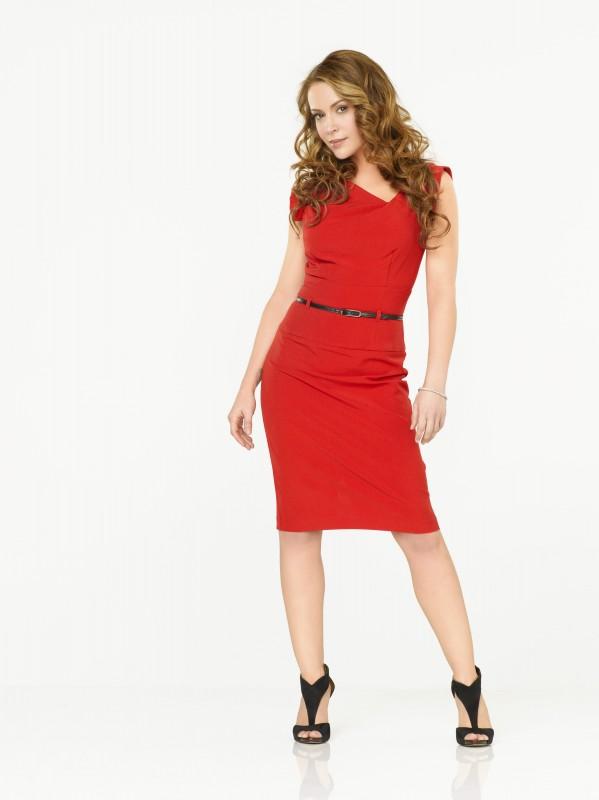 Romantically Challenged: Alyssa Milano è Rebecca Thomas in una immagine promozionale della serie