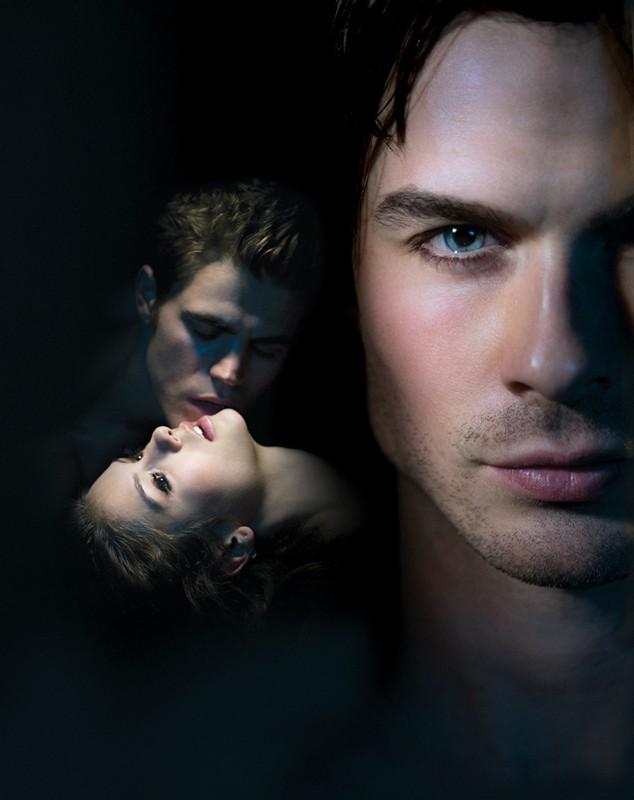 Un'immagine utilizzata per i poster di Vampire Diaries con il trio protagonista