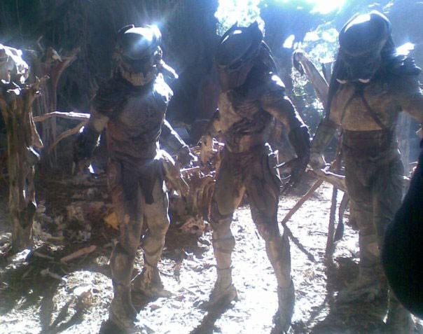 Gli alieni del film Predators (2010) sul set