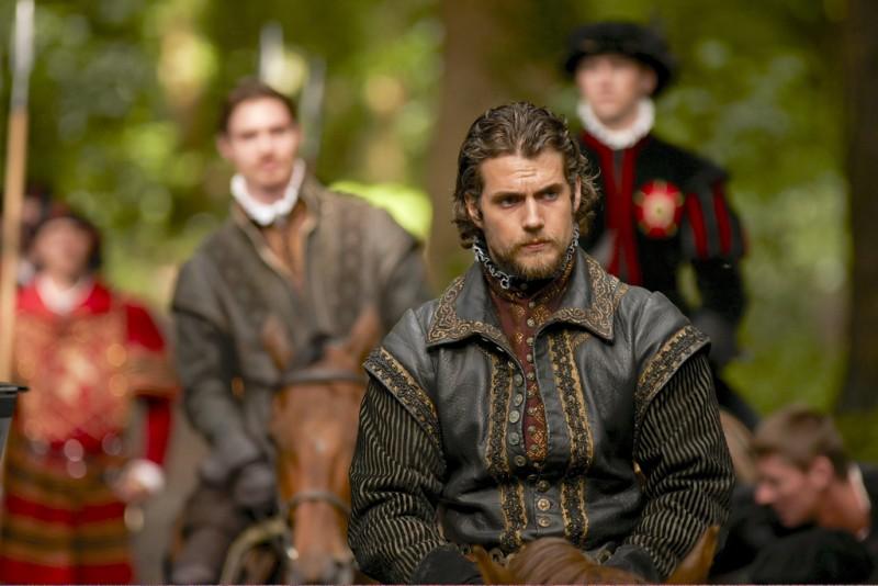 I Tudors: Henry Cavill in una scena della premiere della stagione 4