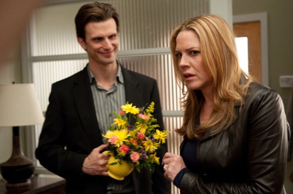 In Plain Sight: Fred Weller e Mary McCormack nell'episodio Father Goes West