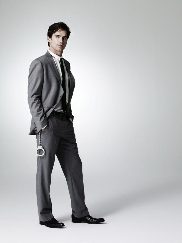 Matthew Bomer in una foto promozionale della serie White Collar