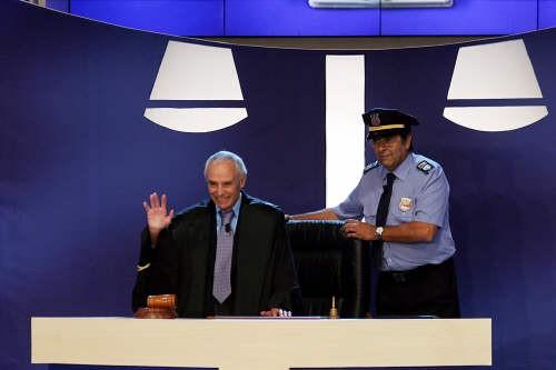 Santi Licheri con la guardia giurata di Forum, Pasquale Africano.