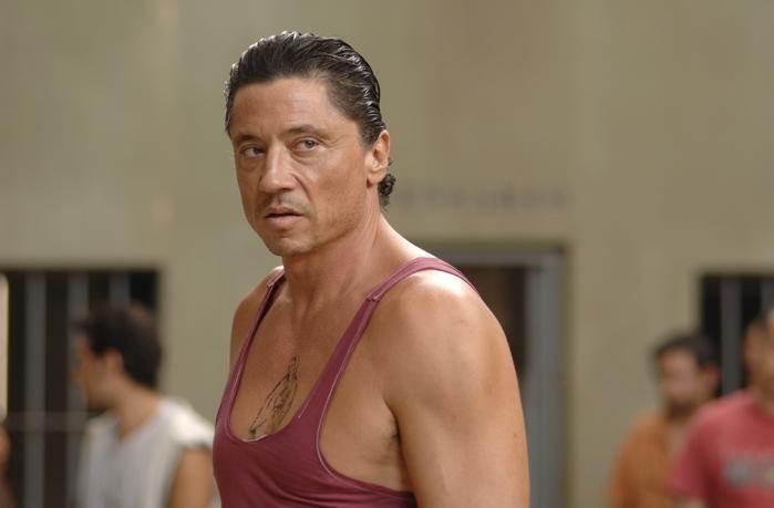 Carlos Bardem in un'immagine del film Cella 211