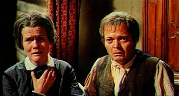 Harriet Medin e Luciano Pigozzi in una scena del film La frusta e il corpo