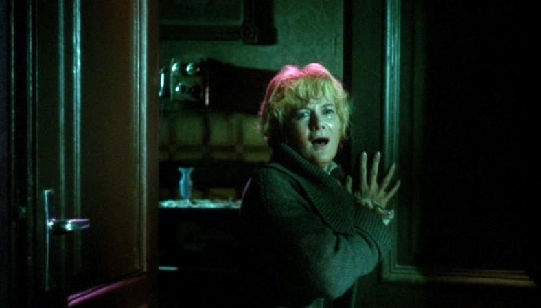 Jacqueline Pierreux in una scena dell\'episodio La goccia d\'acqua ne I tre volti della paura