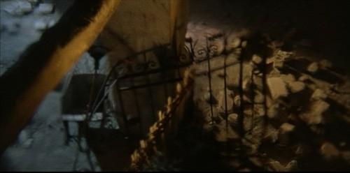 Una suggestiva sequenza del film Operazione paura di Mario Bava
