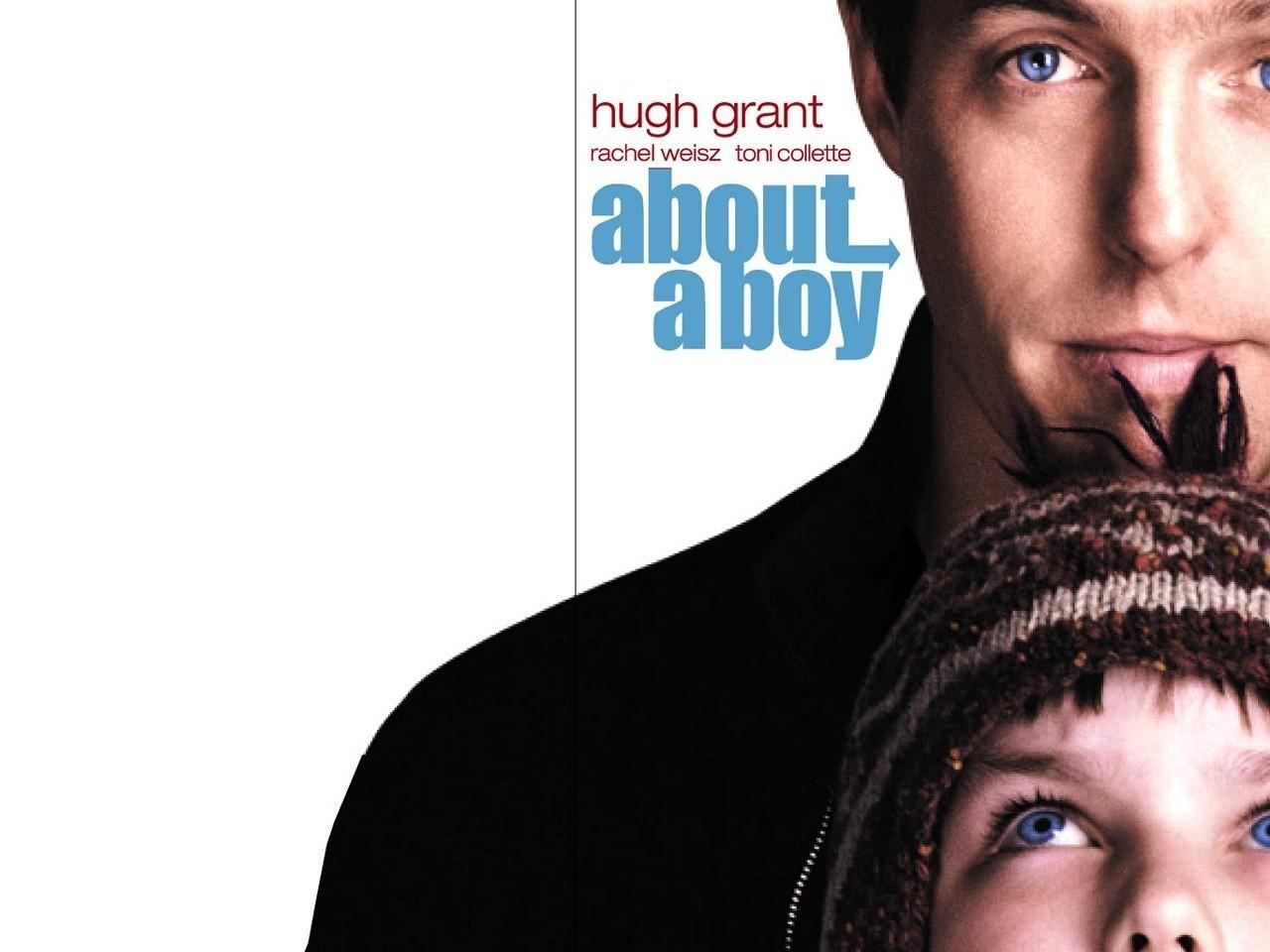 Wallpaper del film About a Boy con Hoult e Grant
