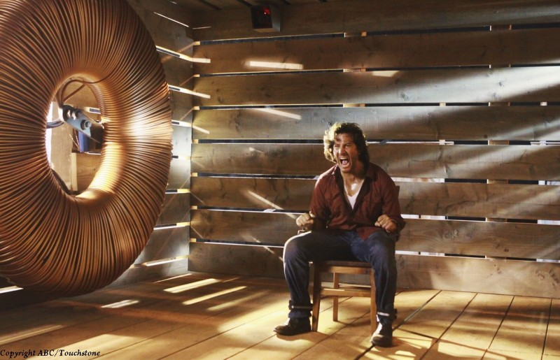 Henry Ian Cusick nell'episodio Happily Ever After di Lost