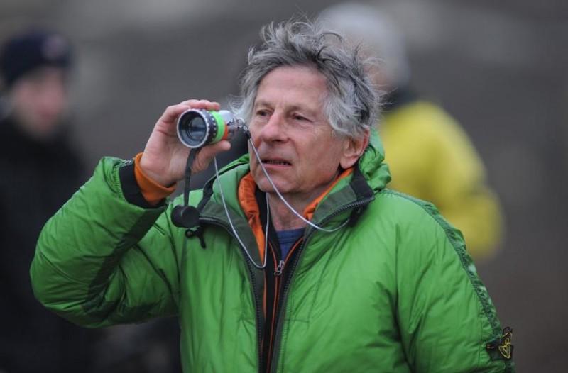 Il tormentato regista Roman Polanski sul set del suo film L'uomo nell'ombra