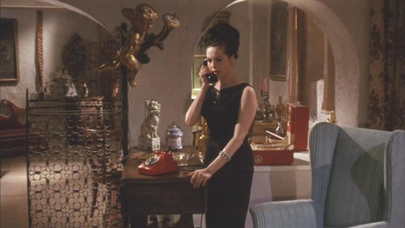 Michèle Mercier in una scena dell\'episodio Il telefono del film I tre volti della paura