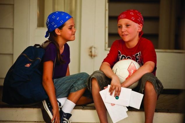 Bailee Madison e Tanner Maguire in un'immagine del film Letters to God