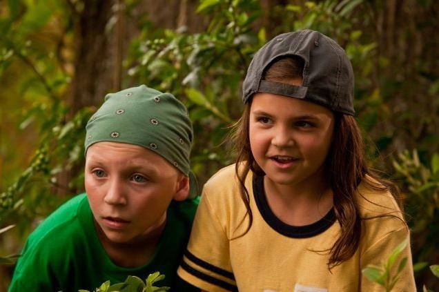Tanner Maguire e Bailee Madison in una sequenza del film Letters to God