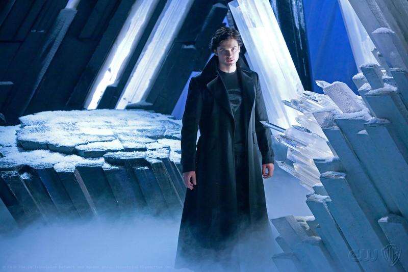 Il vero e unico The Blur (Tom Welling) in una scena dell'episodio Upgrade di Smallville