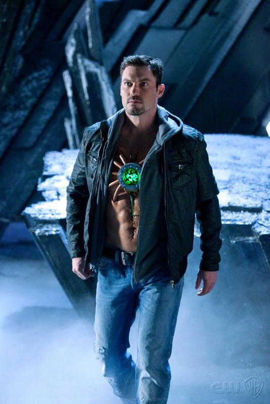 Un determinato Metallo (Brian Austin Green) nell'episodio Upgrade di Smallville