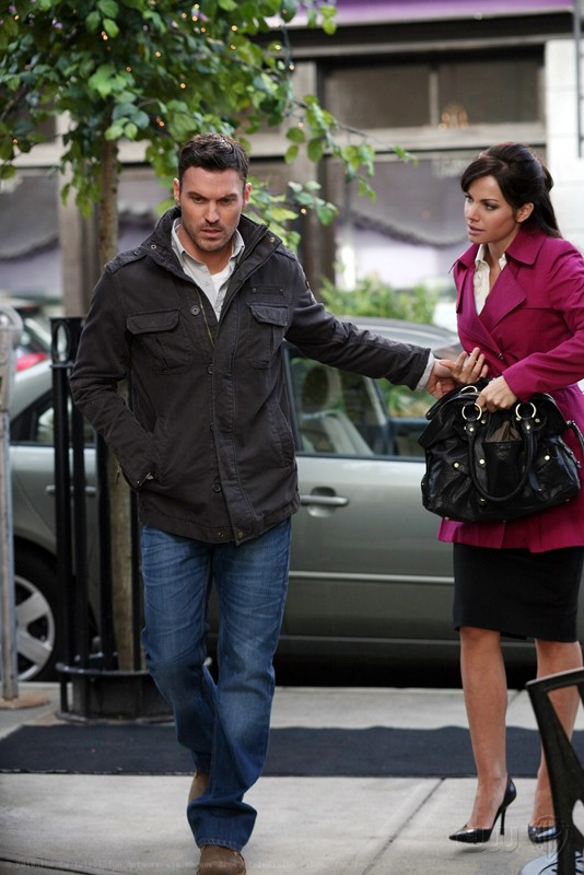 Una sequenza dell'episodio Upgrade di Smallville con John Corben (Brian Austin Green) e Lois Lane (Erica Durance)