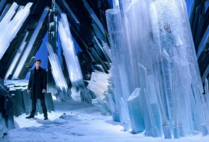 Zod (Callum Blue) alla Fortezza nell'episodio Upgrade di Smallville