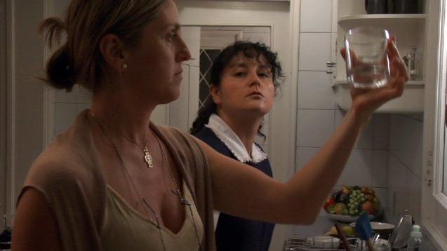 Claudia Celedón e Catalina Saavedra in una scena del film La Nana - The Maid