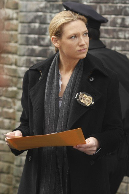 Fringe: Anna Torv nell'episodio The Man from the Other Side
