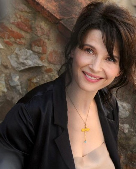 Juliette Binoche in una sequenza del film Copia conforme