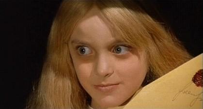 L\'inquietante Melissa in una sequenza dell\'horror Operazione paura