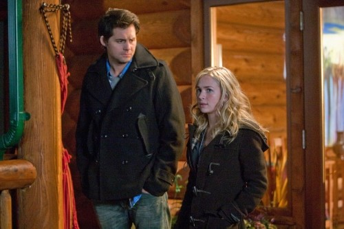 Life UneXpected: Kristoffer Polaha e Brittany Robertson nell'episodio Father Unfigured