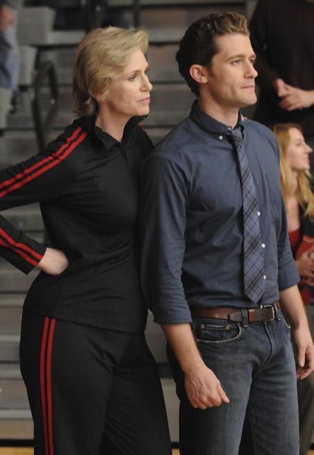 Jane Lynch e Matthew Morrison nell'episodio The Power of Madonna di Glee