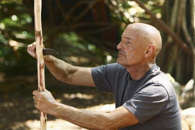 Terry O'Quinn in un momento dell'episodio Everybody Loves Hugo di Lost