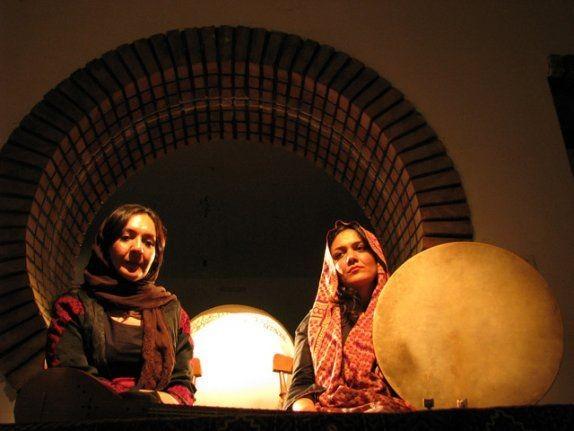 Un'immagine del film I gatti persiani (2009)