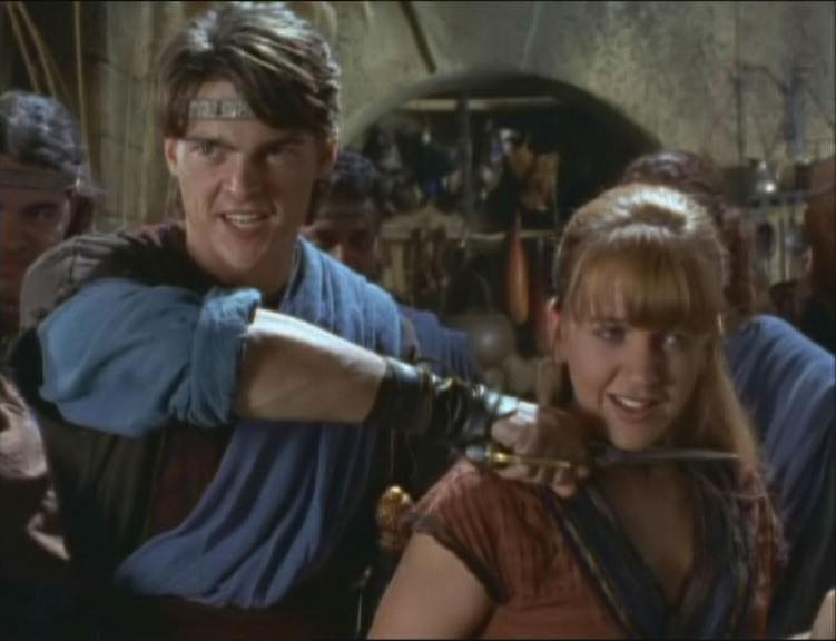 Renee O\'Connor e Karl Urban nell\'episodio Xena e il sacrificio di Ilio di Xena