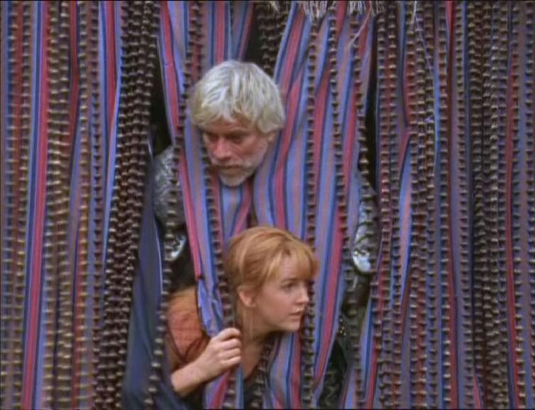 Tim Thomerson e Renee O\'Connor in una scena dell\'episodio Xena e il guerriero Melicerte di Xena