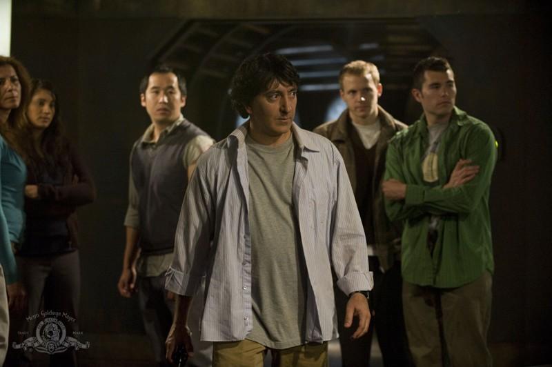 Peter Kelamis (Adam Brody) in un momento dell'episodio Divided di Stargate Universe